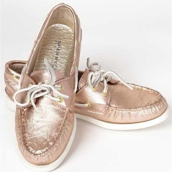 1960ffe1c6b3 Sperry A O Rose Gold Boat Shoes Super cute metallic rose gold shoes! Only  worn once Sperry Top-Sider Shoes Flats   Loafers