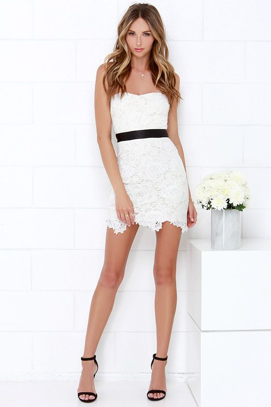 Daring Debutante Black and Ivory Lace Dress | Debutante, Marfil y De ...