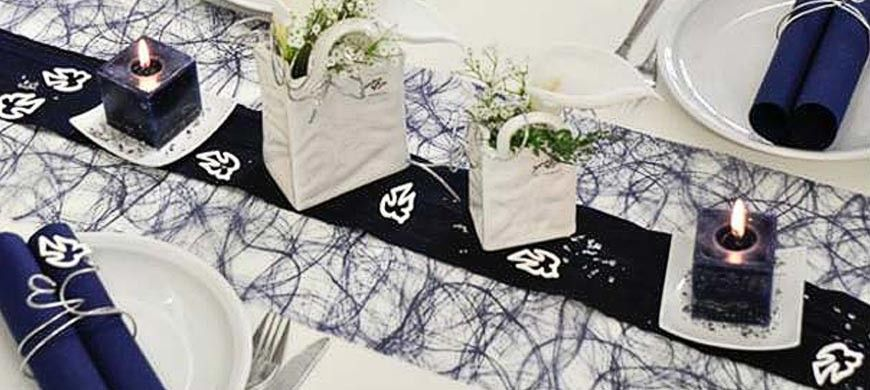 Tischdekoration Zur Kommunion Konfirmation In Blau Edle