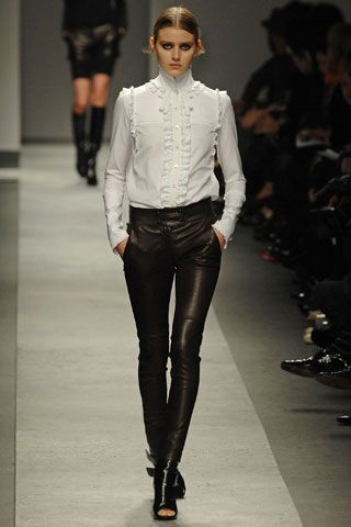 Givenchy Fall 2008 RTW - Runway Photos - Vogue