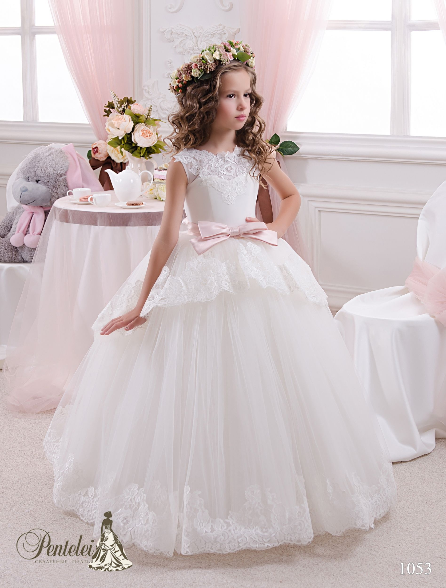 Pin by natallia kukharets on flower girl pinterest communion cheap dress coffee buy quality dresse directly from china dress sport suppliers lace first communion dresses for girls 2016 ball gown flower girl dresses izmirmasajfo