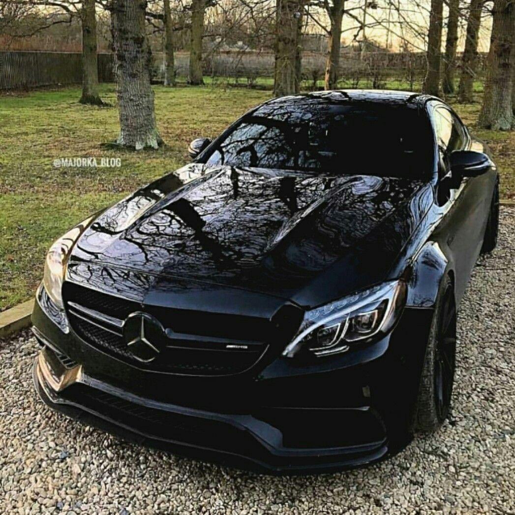 mercedes benz c63 amg mercedes amg voitures muscl es voiture belle voiture. Black Bedroom Furniture Sets. Home Design Ideas