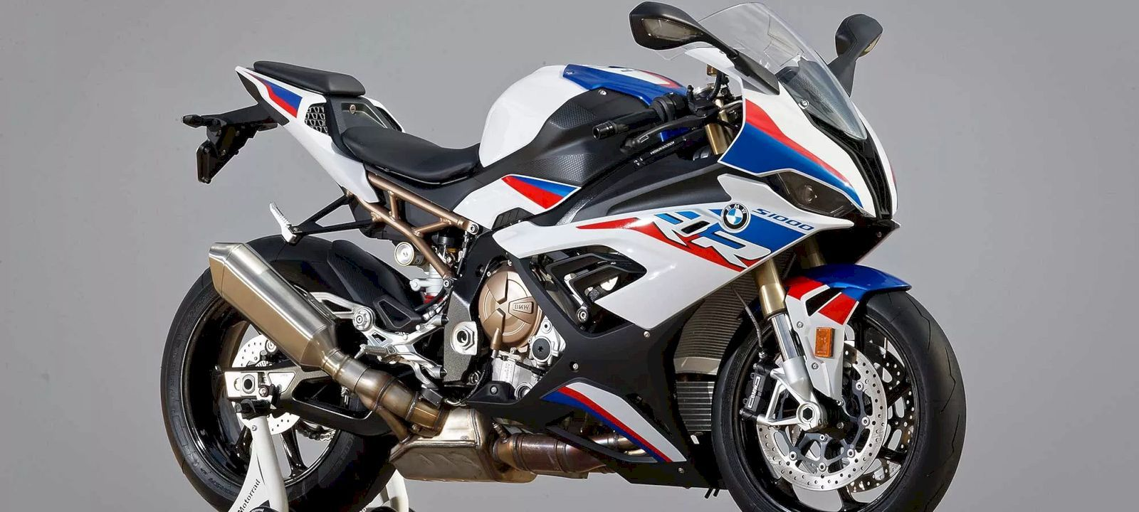 2019 Bmw S 1000 Rr An Icon Among Superbikes With Images Bmw
