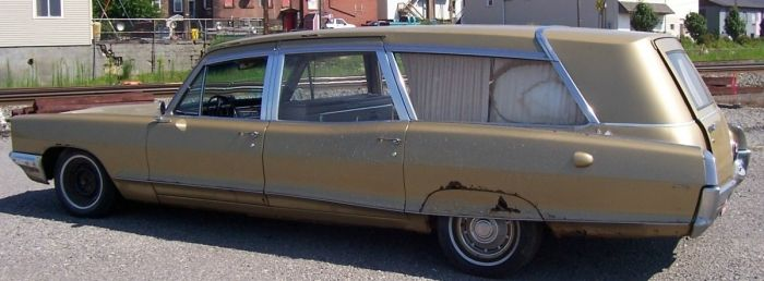 1966 Pontiac Bonneville Hearse-Ambulance Combination