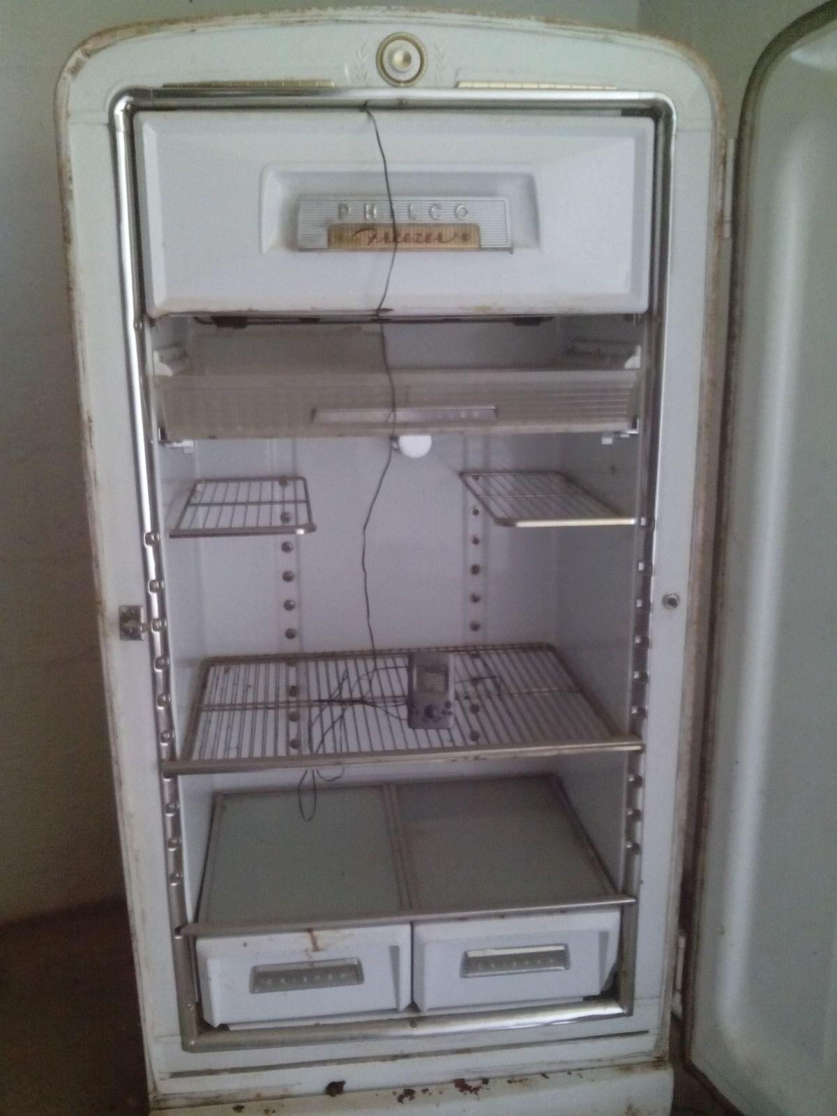 Antique vintage unfinished refrigerators - Vintage 1950 S Philco Refrigerator It Works