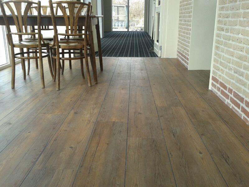 Therdex pvc vloer met de uitstraling van echte planken vloeren