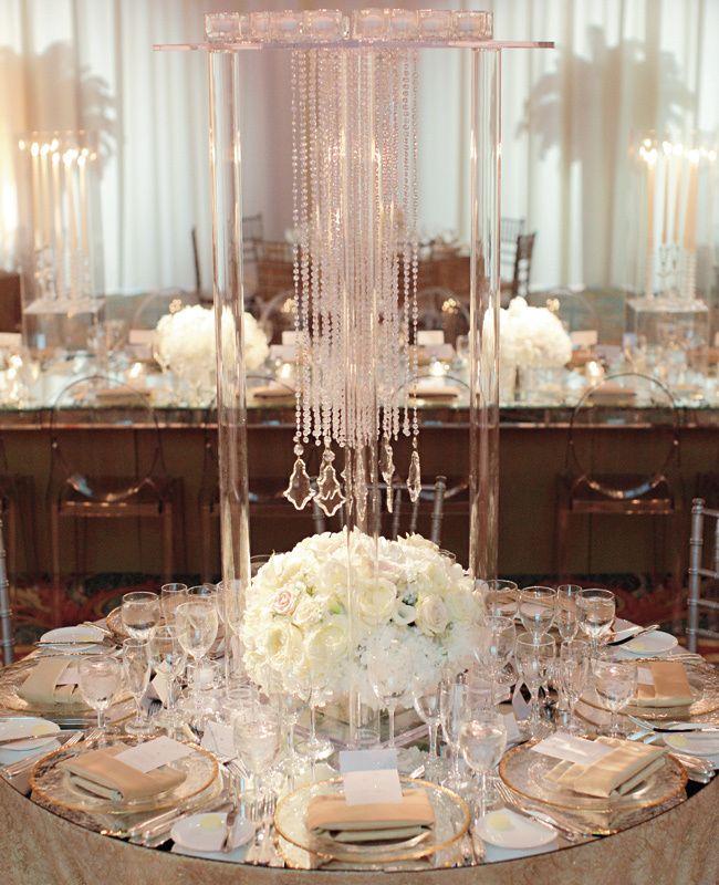 96d5c4eaf5 Mirror Wedding Ideas | Ashley Brockinton Photography | blog.theknot.com  Esküvői Asztaldíszek,