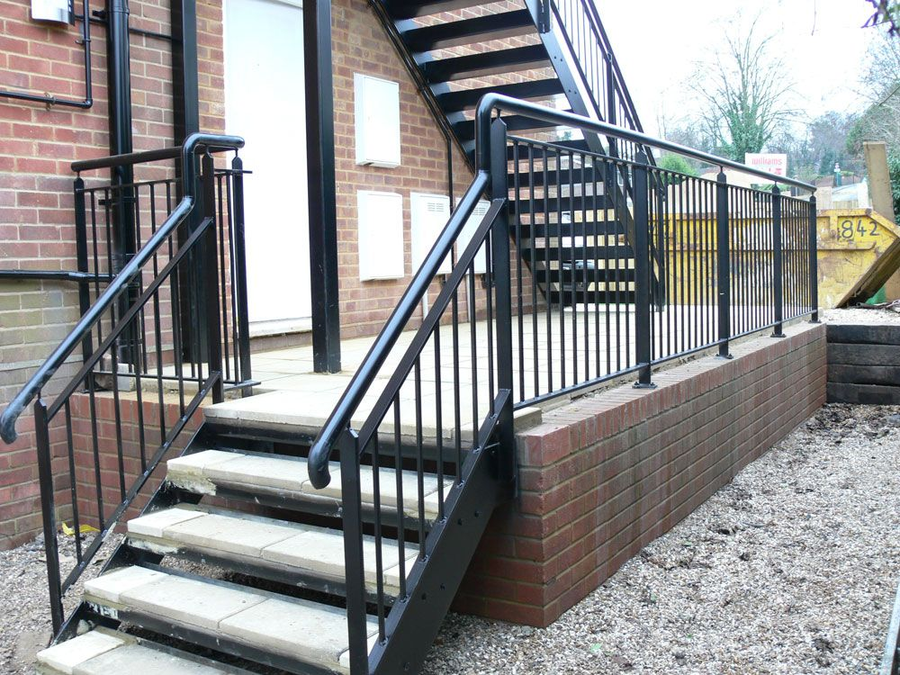Steel Stairs With A Powder Coated Finish Chequer Plate | Steel Handrails For Concrete Steps