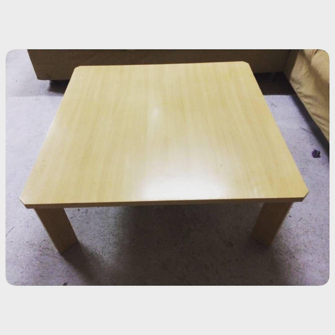 For Sale Wood Coffee Table Size 100x100 Price 16 Bd للبيع طاولة وسط خشب بحالة ممتازة السعر 16 Bd Tel 33770050 Coffee Table Table Decor