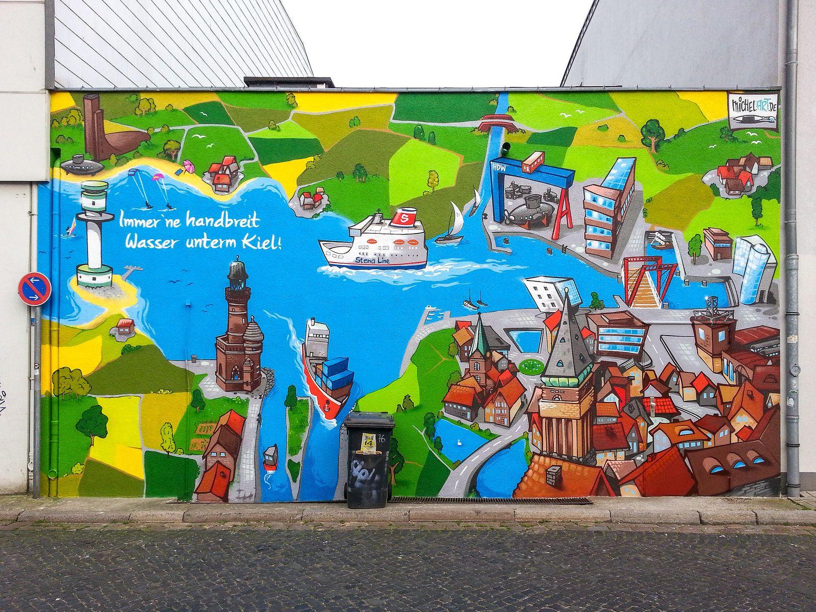 #Kiel Kiel und seine Wahrzeichen und Sehenswürdigkeiten auf 45 m² Wandfläche:Dieses Werk entstand im Mai 2014 im Mühlengang/Rückseite Holstenstrasse 78 . Die Fassade wurde immer wieder unschön beschmier...