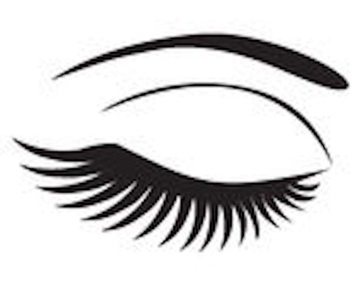 This Is How You Should Really Be Applying Fake Eyelashes Lashes Closed Eyes Eyelashes