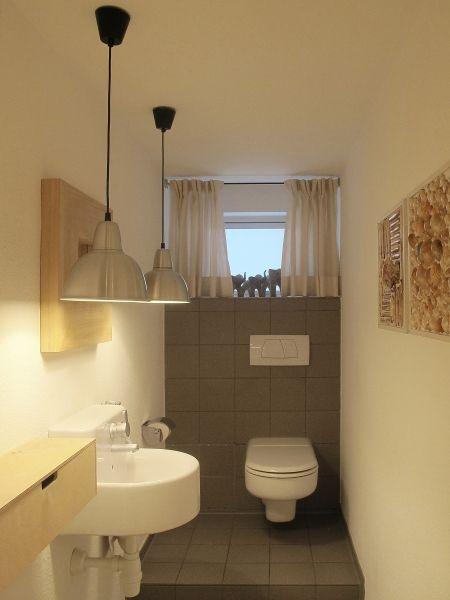 Noch ein kleines wc im keller bad pinterest badezimmer baden und bad - Keller stauraum ideen ...