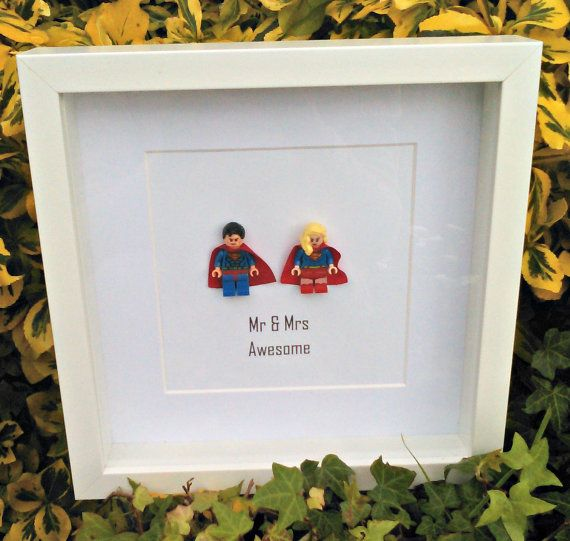LEGO Mr and Mrs Superman Wonder Woman Minifgure 3D Frame Wedding Valentines Gift