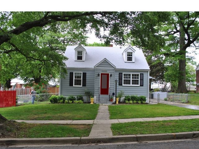 light blue house red door - Google Search | My Little Cottage ...