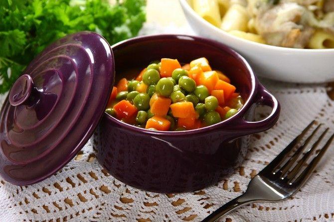 Zielony Groszek Z Marchewka Video Przepis Zobacz Na Przepisy Pl Recipe Dinner Easy Dinner Food