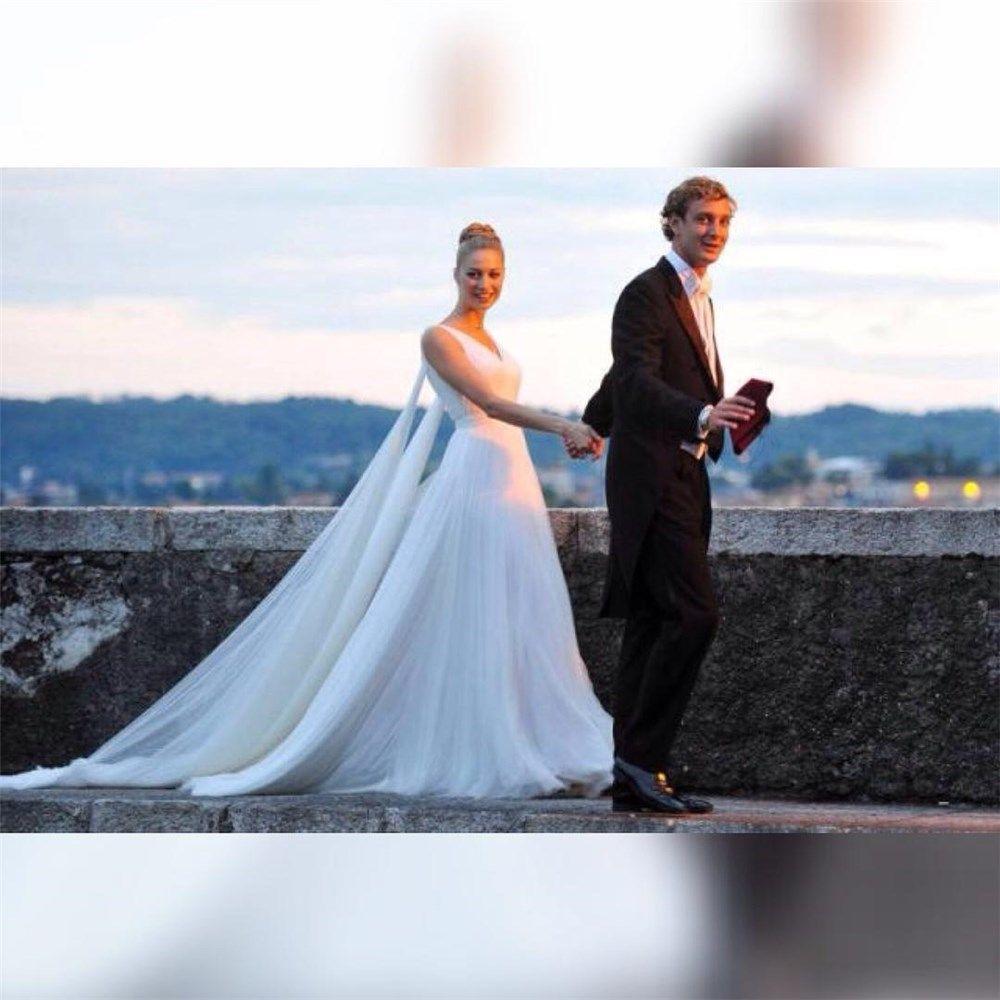La boda religiosa de Pierre Casiraghi y Beatrice Borrromeo en Italia ...
