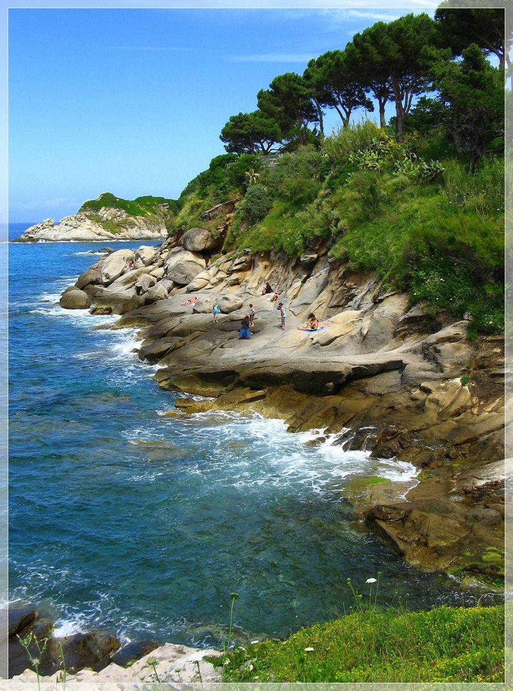 La costa selvaggia del marcianese Marciana, Isola d'Elba, Tuscany #luxury #destination #weddingdestination #isoladelba #discoverelba #discovertuscany #island #elba #tuscany