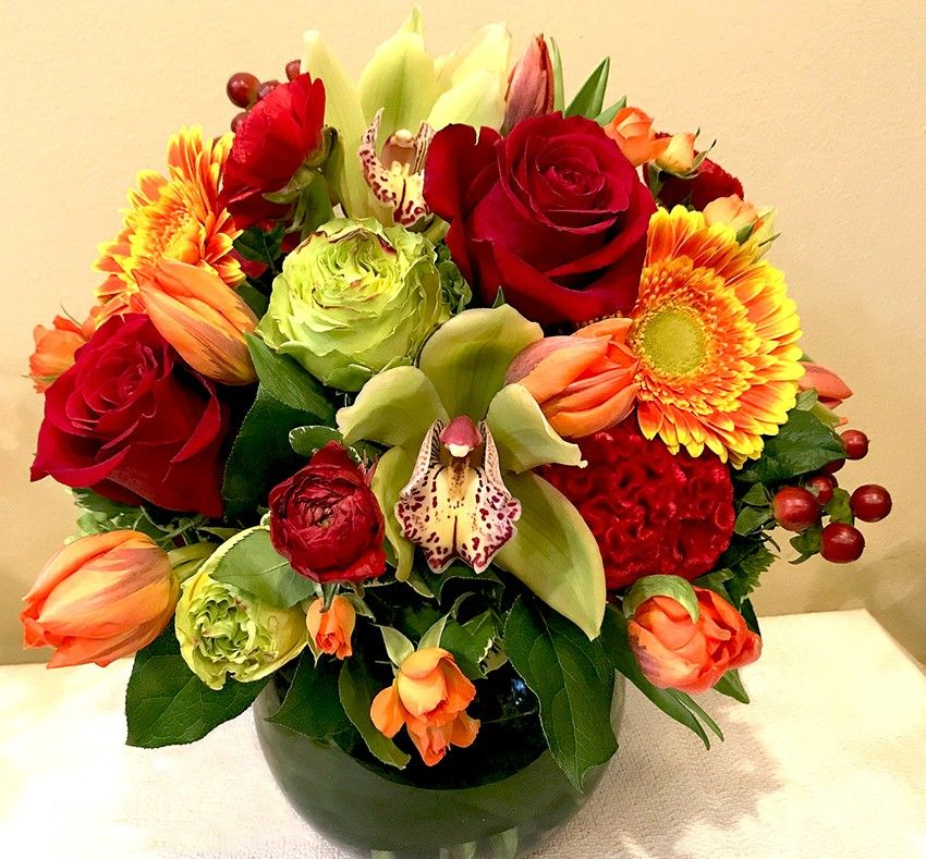 Give thanks with this fabulous colorful fall centerpiece