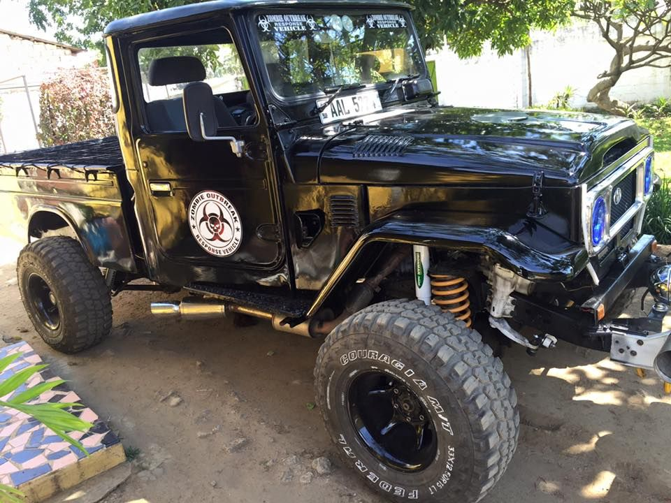 FJ45 crossed with 80 series with a 1HDT engine   Sweet