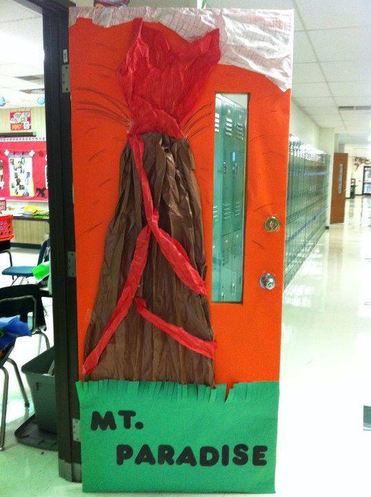 Volcano door | Classroom theme | Classroom decor | Classroom door ideas & Where are the dinosaurs? Dinosaur classroom door | Second Grade ... Pezcame.Com