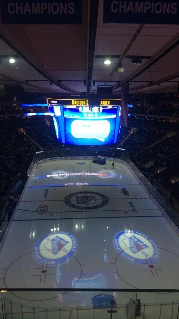 New York Rangers Hockey Game At Madison Square Garden In New York City New York New York Rangers Ranger Hockey Arena
