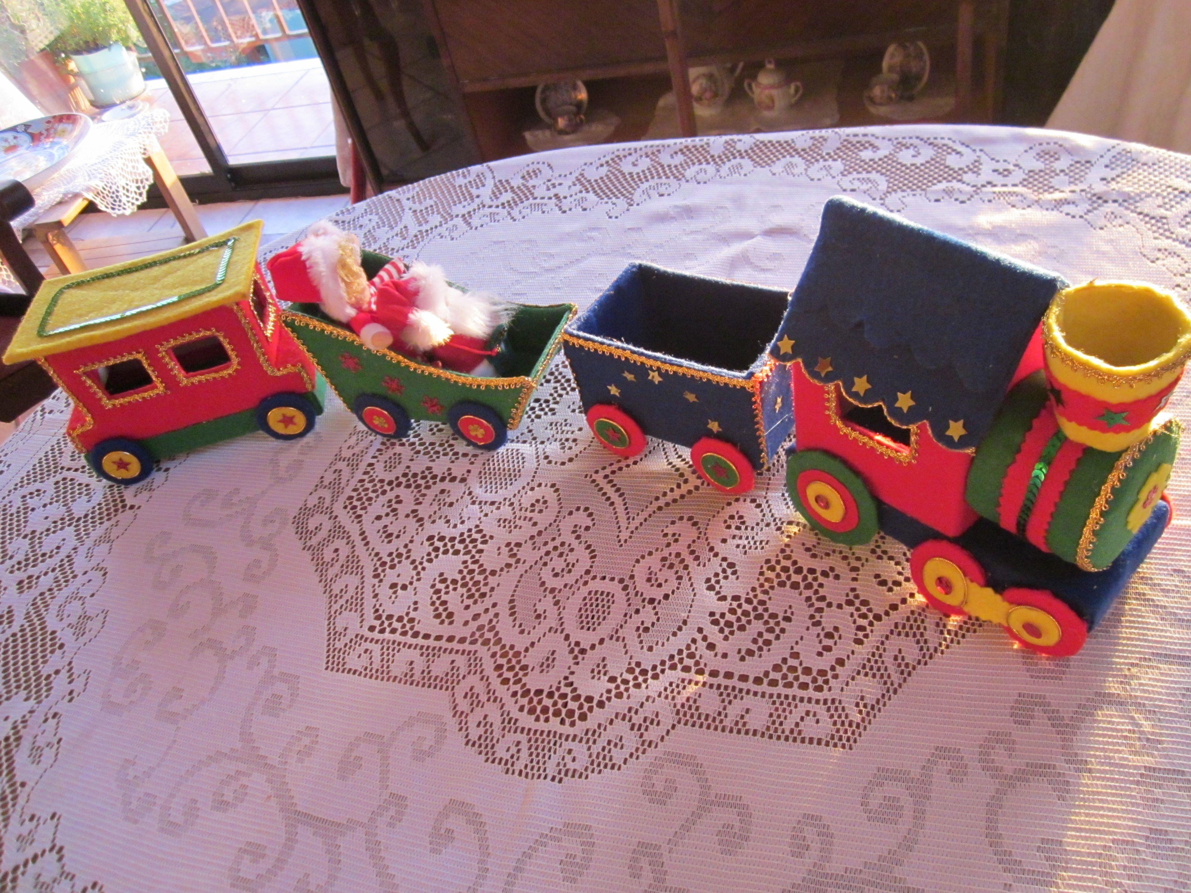 Mis Entretenciones Christmas Centrepiecescenterpieceschristmas Deco Christmas Craftstrainschristmas Trainpinturachristmas Decortable Centers