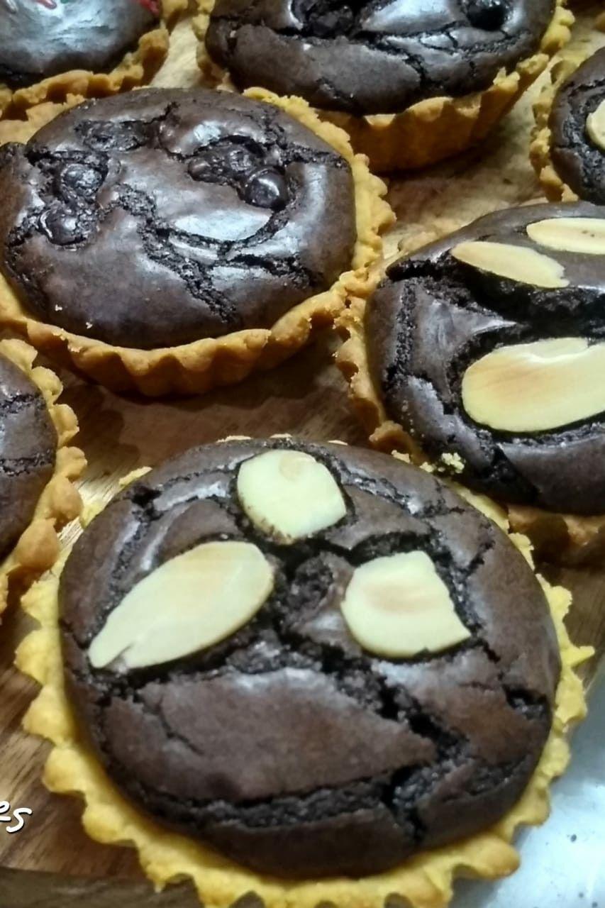 Resep Pie Brownies Yang Renyah Dan Nyoklat Banget Makanan Kue Lezat Makanan Penutup