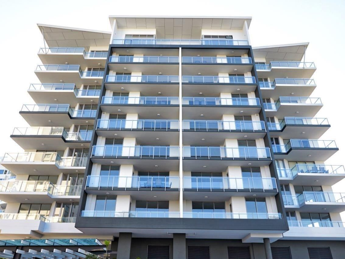 Sunshine Coast Direct Hotels Verve On Cotton Tree Australia Pacific Ocean And Is Conveniently Located In