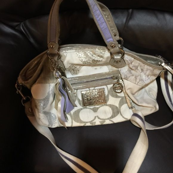 Amazing distressed denim coach The more wear the more wonderful this bag looks .. Excellent as crossbody for busy moms or hand bag of preferred . Compliments never stopped when i carried this on vacations .. Coach Bags