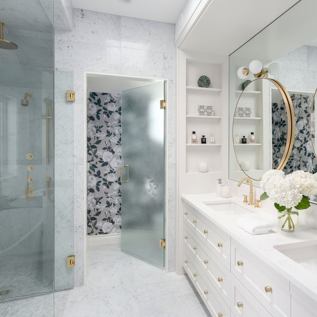 Kitchen Bath Industry Show On Instagram Warm Cozy Luxury Happy Canada Day Featuring Vancouver Based Des In 2020 Kitchen And Bath Glamorous Bathroom Bath Design