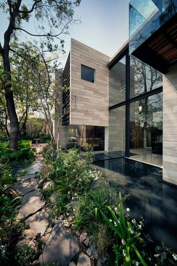 Earthy and elegant house in Mexico Wood Water Wow Earthy