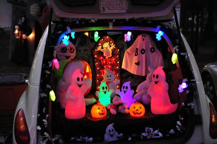 13 Trunk or Treat Decorating Ideas for Halloween Trunk or treat - luxury halloween decorations