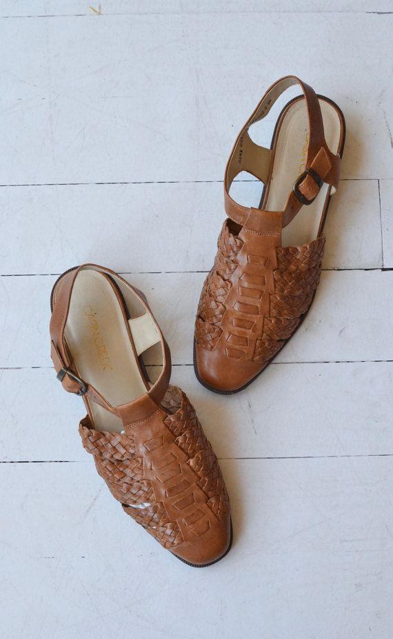d8304dfb85f1 Vintage 1980s tan woven leather sandals with T-strap