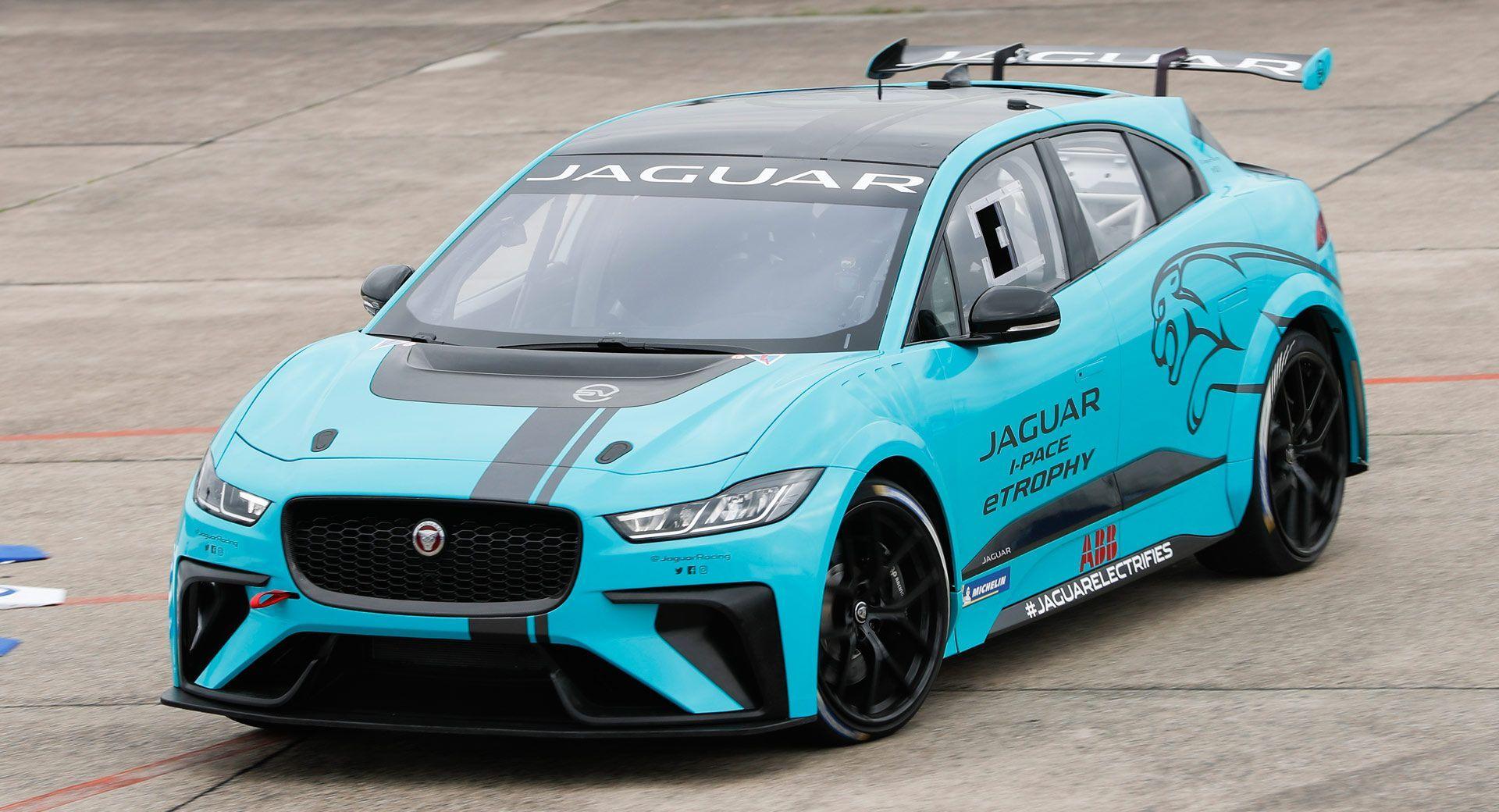 Jaguar I Pace Etrophy Racer Debuts On Track In Berlin Carscoops Jaguar I Pace My Pace Jaguar