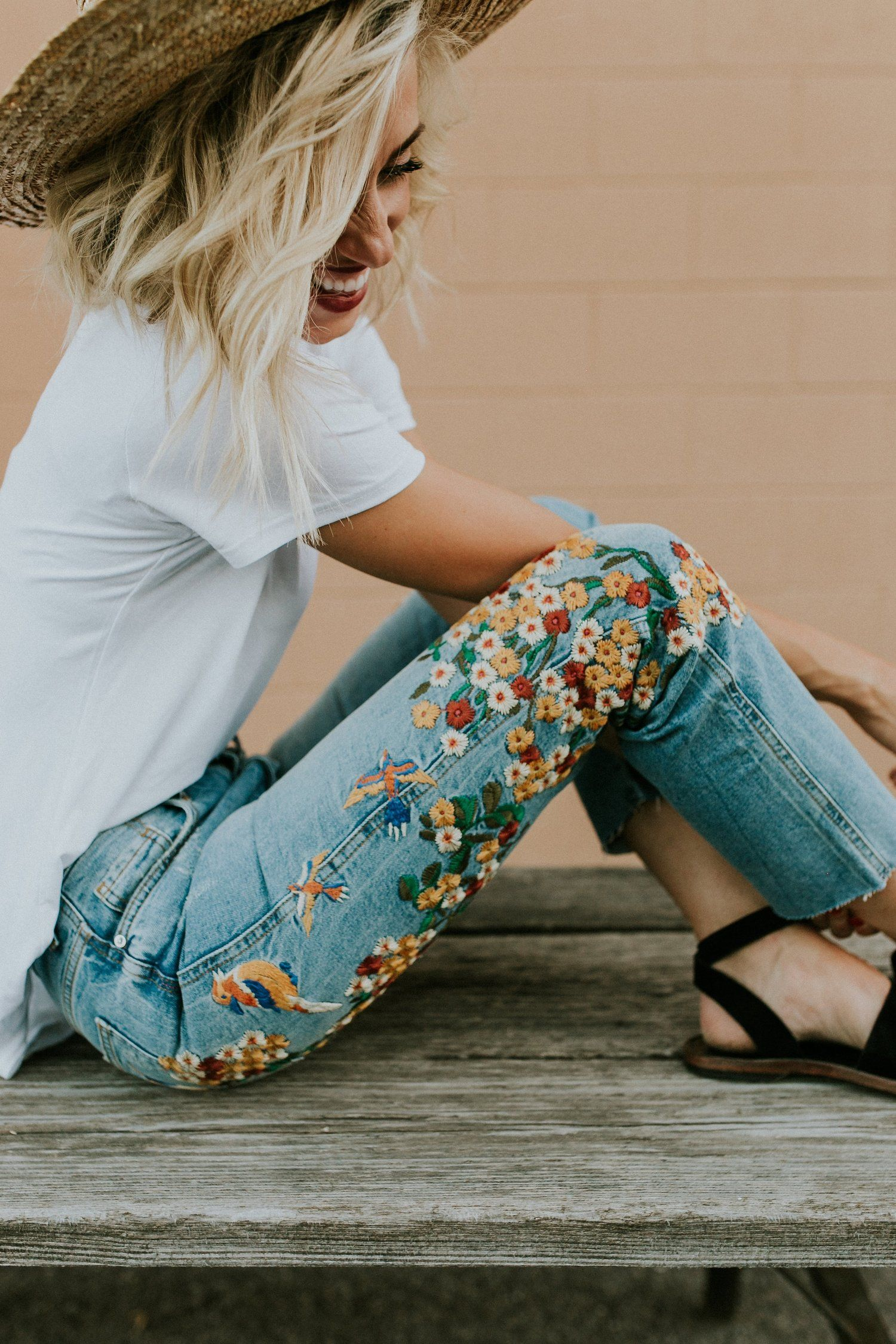 Embroidered Girlfriend Jeans   ROOLEE