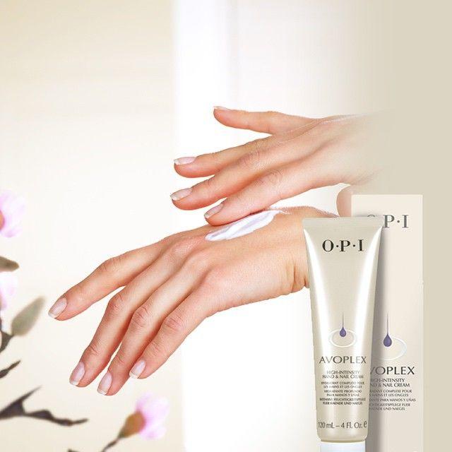 Avoplex High-Intensity es una reparación intensiva para las manos que necesitan cuidado. #NailCare