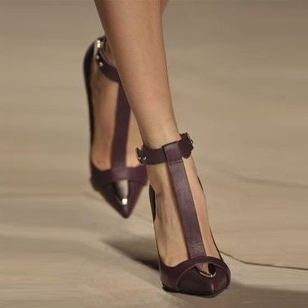 Shoespie Vintage Coffee Pointed Toe T Strap Stiletto Heels