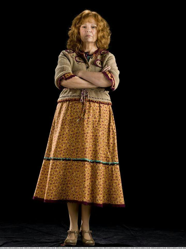 Happy B Day Julia Mary Walters 22 February 1950 Mrs Weasley Harry Potter Cosplay Harry Potter Characters Harry Potter Movies