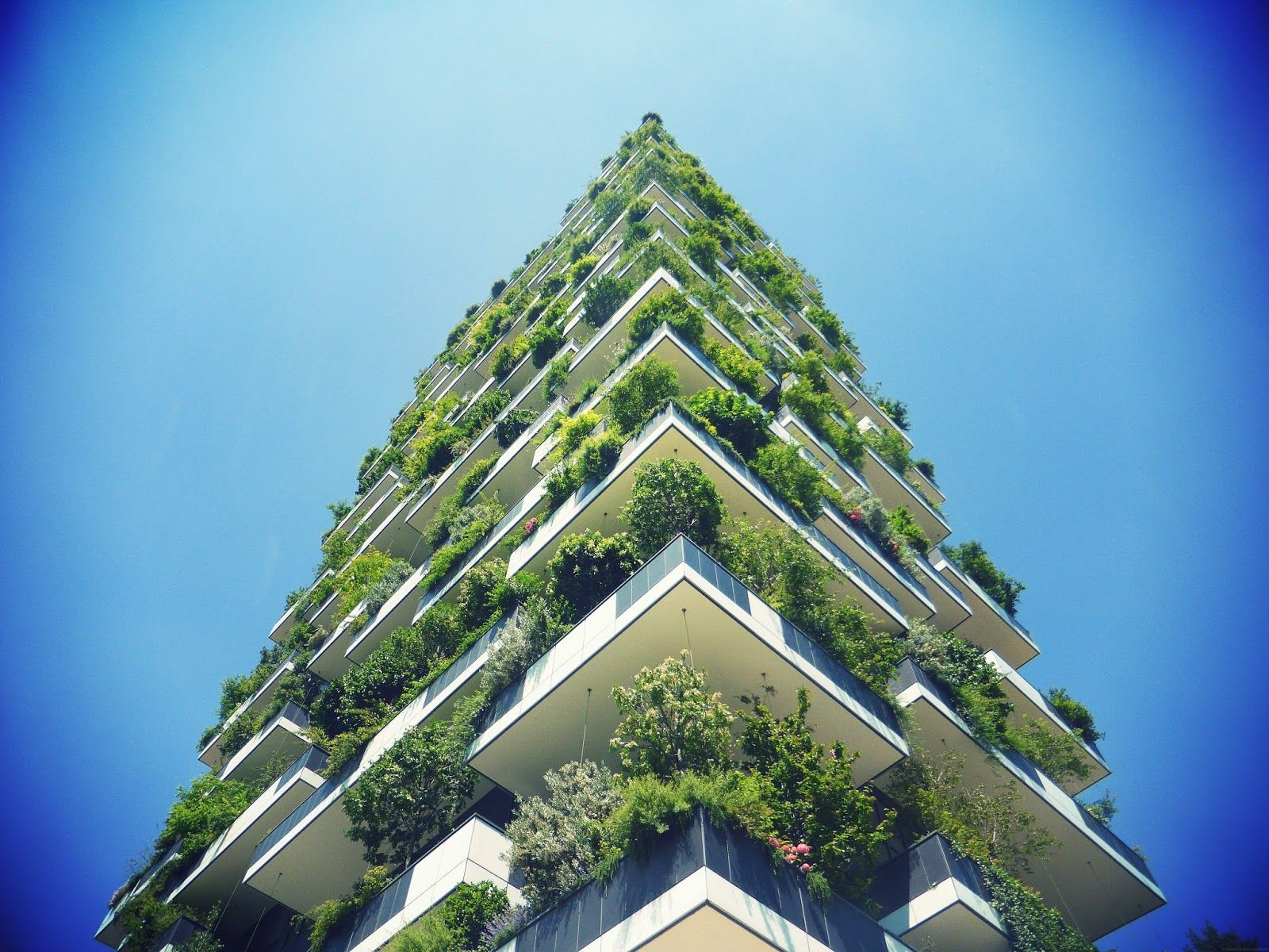 How New Sustainable Technologies Could Create A Green Future Green Architecture Vertical Forest Sustainable Technology