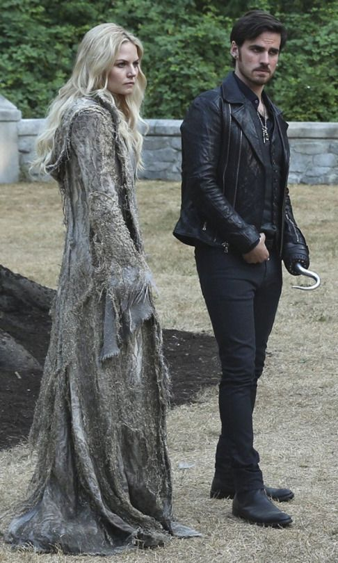 Emma Swan and Killian Jones (Captain Hook), Once Upon a Time