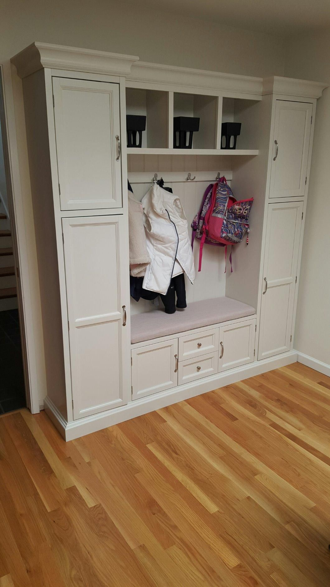 Amazon Com Customer Reviews Royce All In One Mudroom Large Polar White Mudroom Home Decorators Collection Home