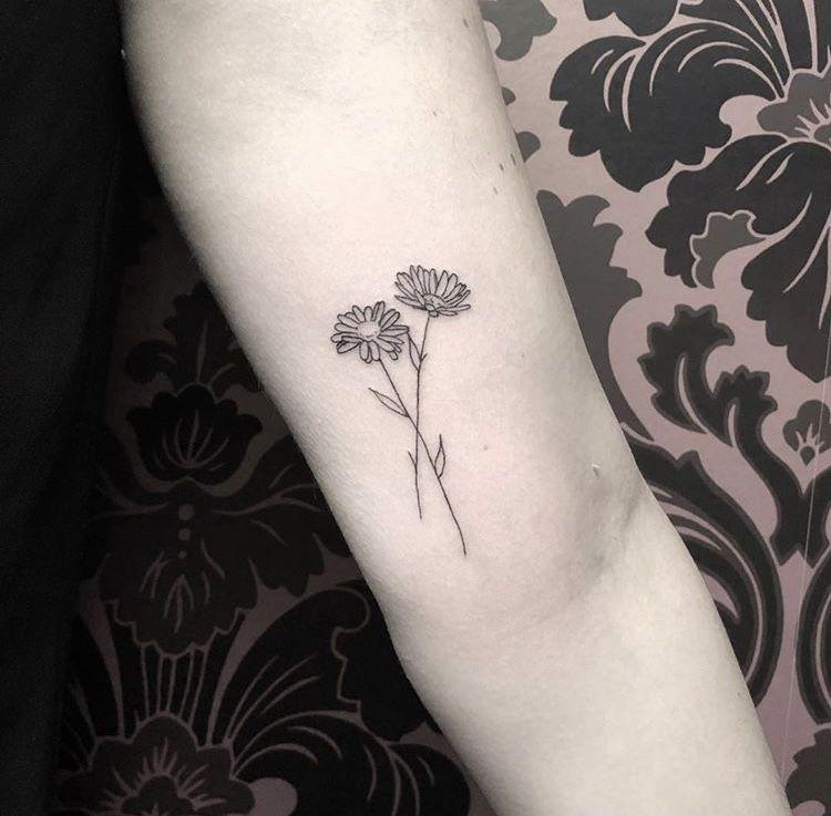 Simple Daisy Tattoo: Daisy Flower Tattoos, Daisy Tattoo, Tattoos