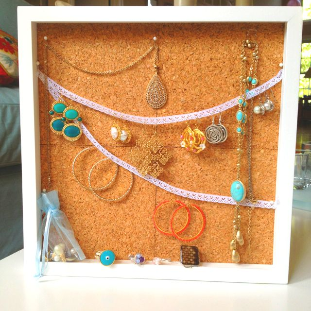 DIY Shadow box jewelry display get crafty Pinterest Jewellery