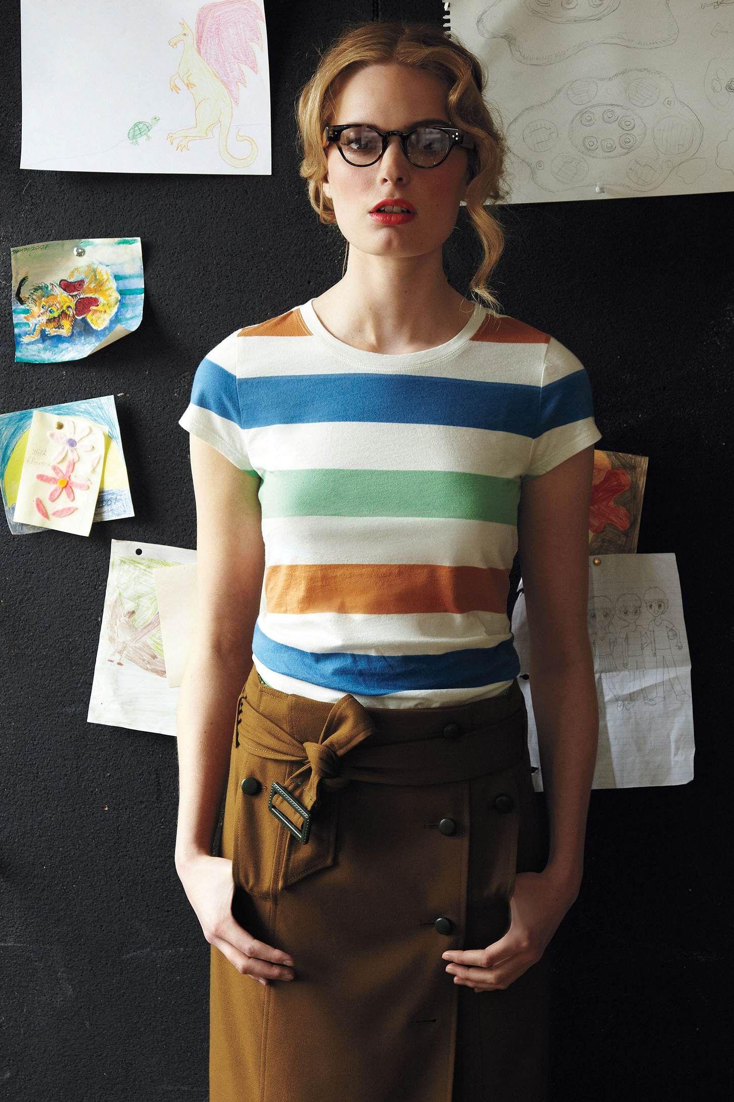 printed boy tee & trenchcoat skirt