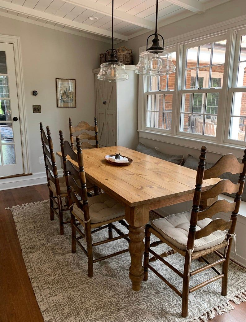 Farmhouse Dining Table In Pine Etsy In 2020 Craftsman Dining Tables Dining Table Farmhouse Dining Table