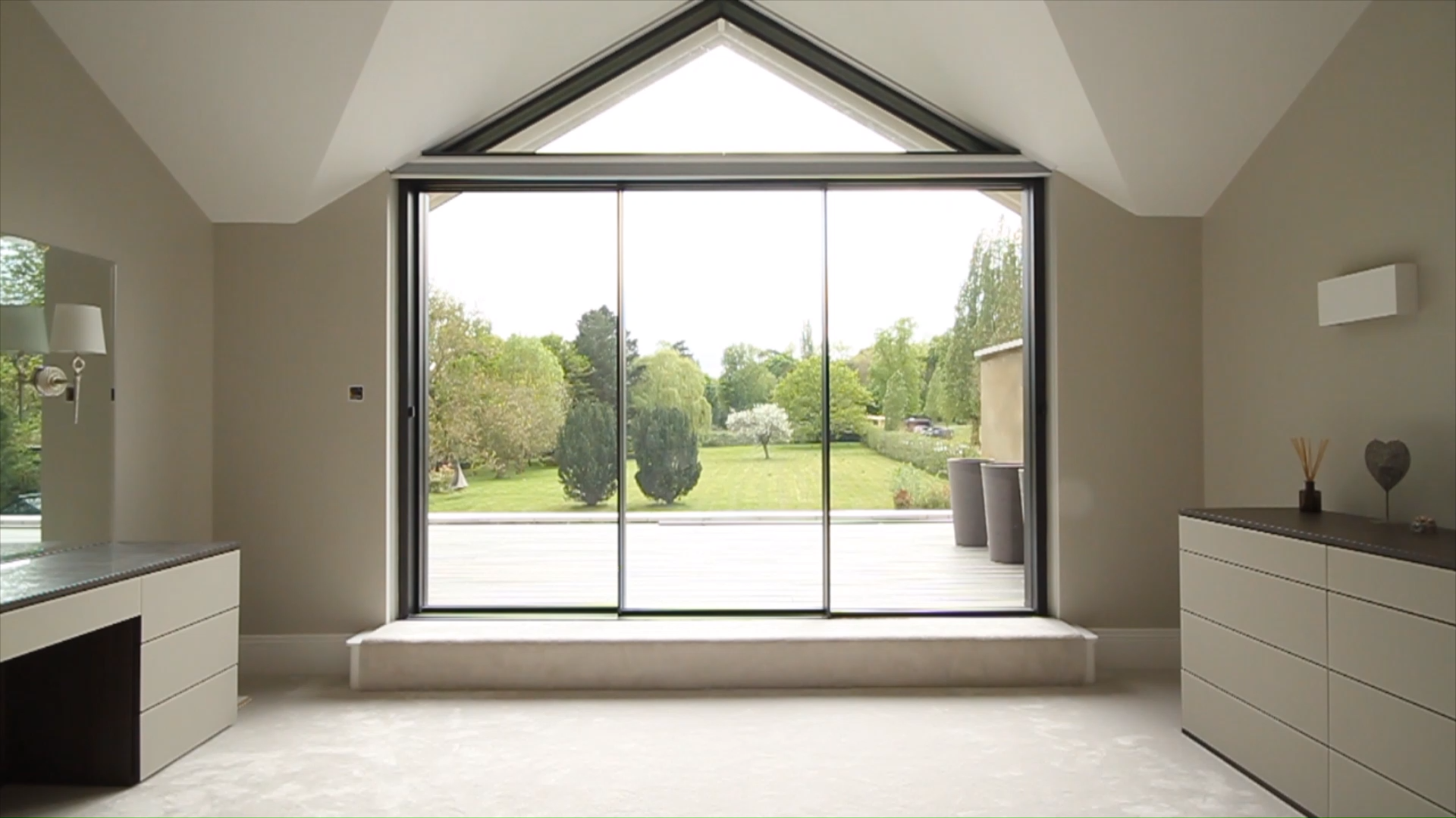 Gable with Blackout Blinds - Concealed with Blindspace