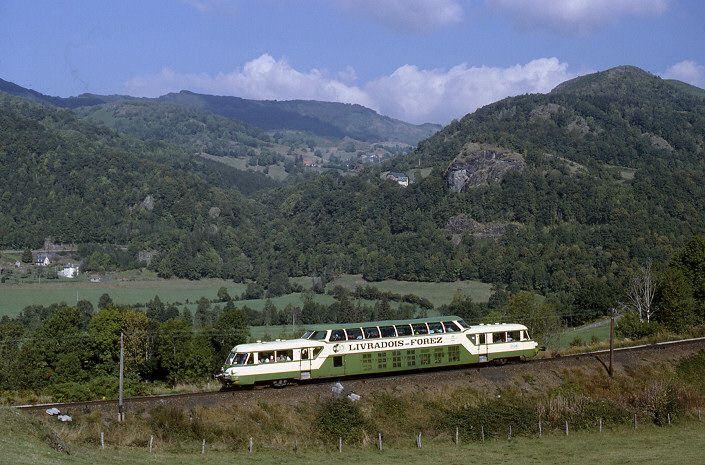 X 4208 Autorail Panoramique Sncf 1959 Tour Du Cantal Vic S Cere France Cantal Trains France