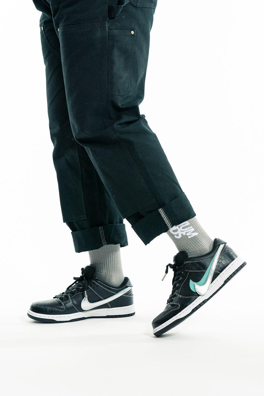 Nike Sb Dunk Low Pro Og Qs Black Diamond Bv1310 001 In 2020
