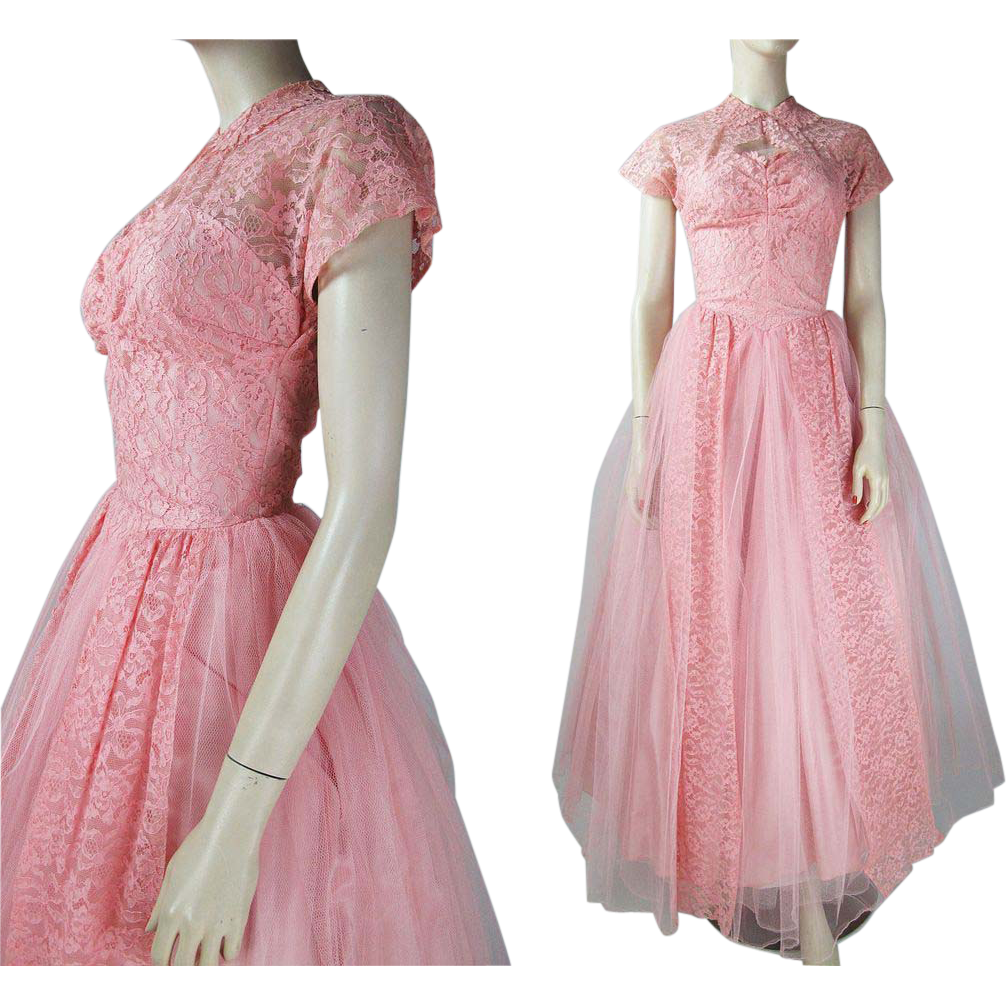 Vintage us pink tulle and lace evening gown with taffeta