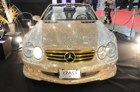 World s most expensive car mercedes with 300 000 diamonds for Mercedes benz most expensive car